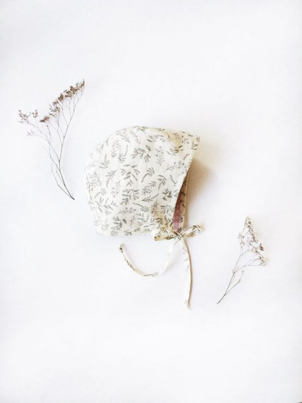 Ladysmock-linen-baby-bonnet-front