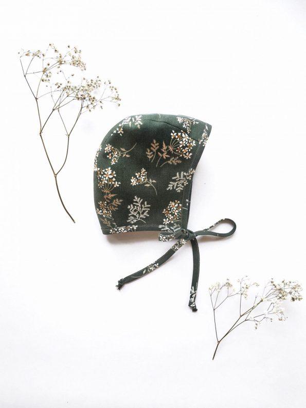daisies-linen-baby-bonnet-front
