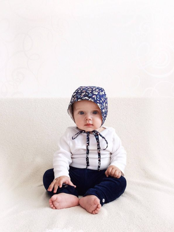 graceful-gypsophila-cotton-baby-bonnet-model