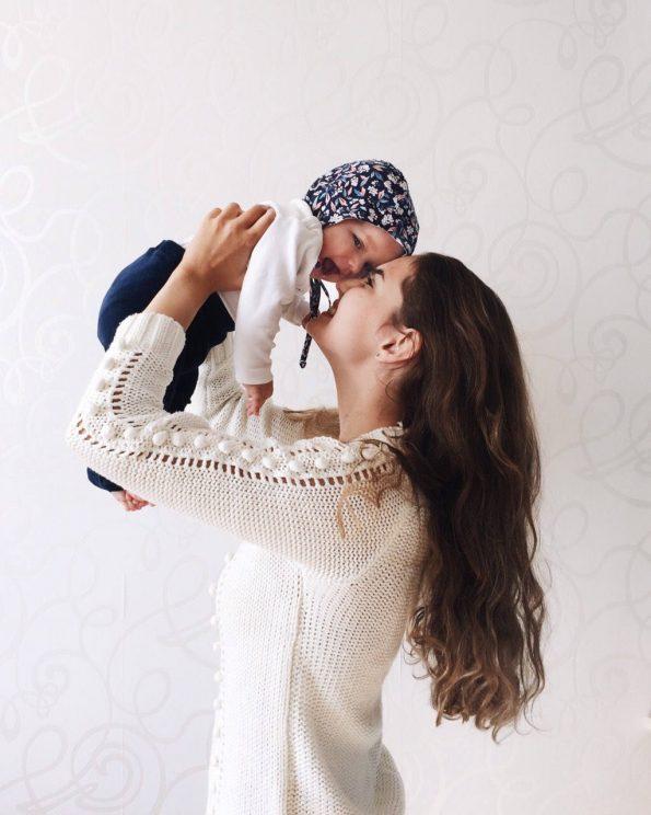 graceful-gypsophila-cotton-baby-bonnet-side