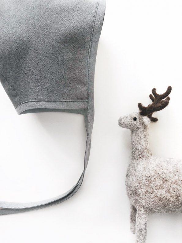 grey-heron-cotton-baby-bonnet-close