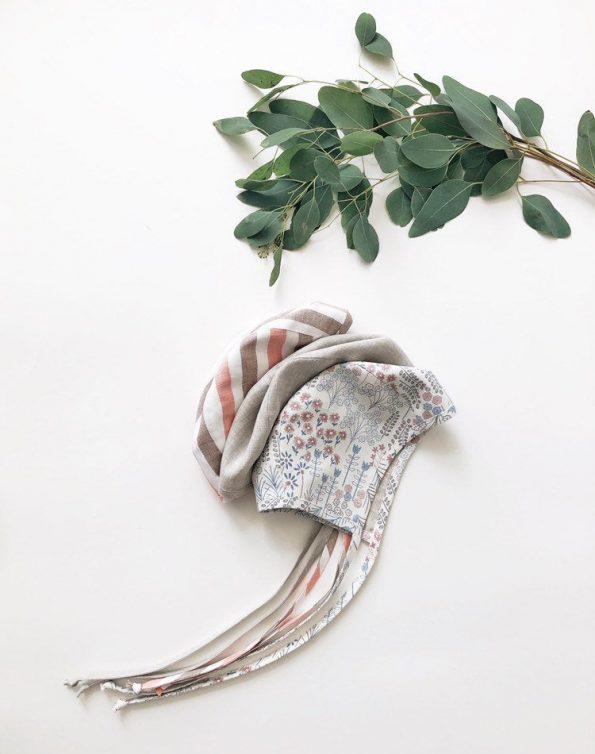 meadow-bouquet-reversible-linen-baby-bonnet