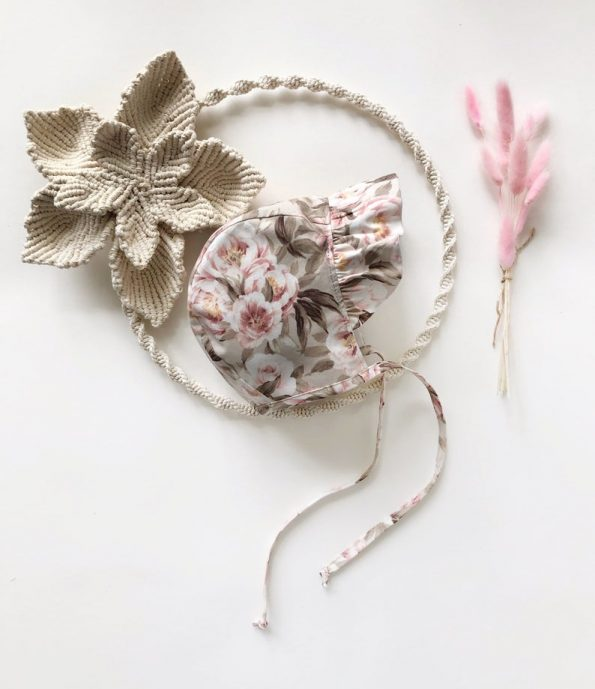 ruffle-brimmed-peonies-blossom-cotton-baby-bonnet